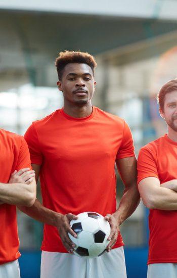 football-team-D7-XFL5-V.jpg